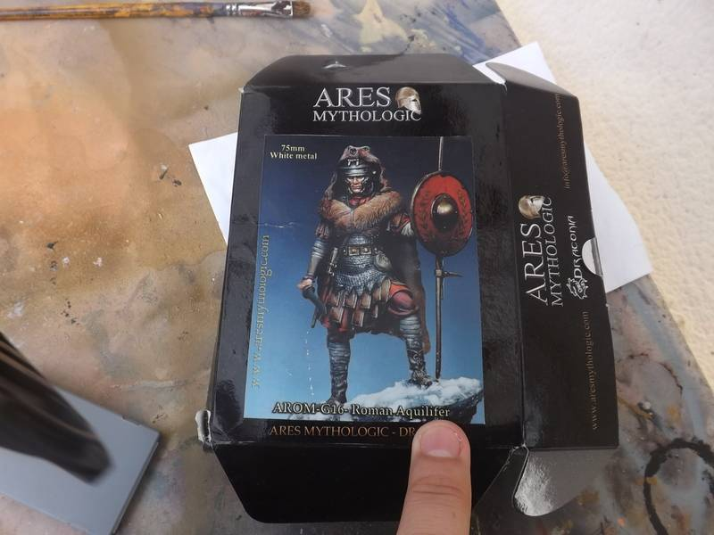 Roman Aquilifer - Ares Mythologic 75mm Aquilifer%20001_zpsqln1ltfb