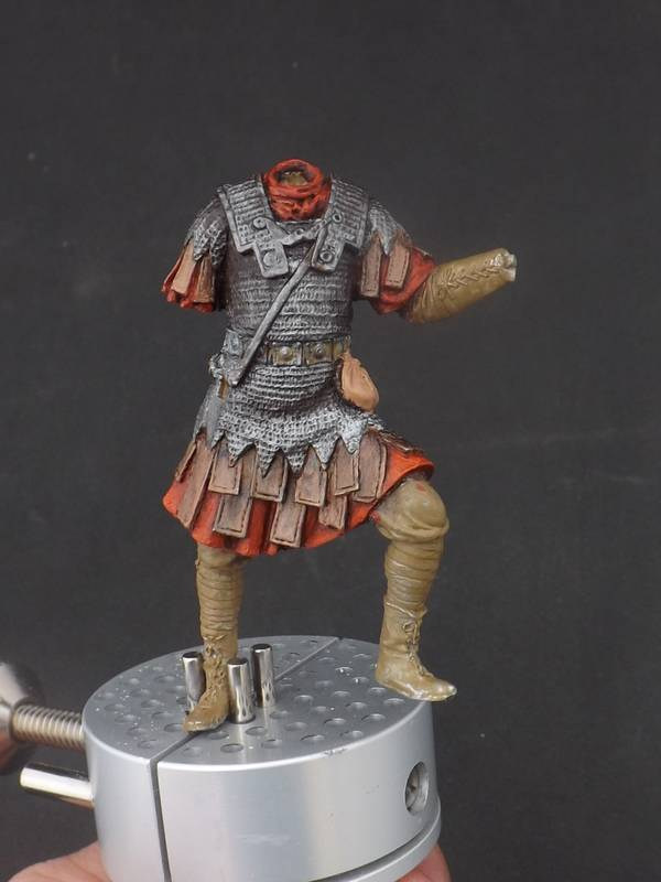 Roman Aquilifer - Ares Mythologic 75mm Aquilifer%20025_zpstkduizva