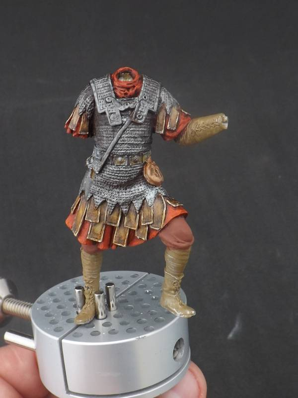 Roman Aquilifer - Ares Mythologic 75mm Aquilifer%20029_zpsculkkxo3