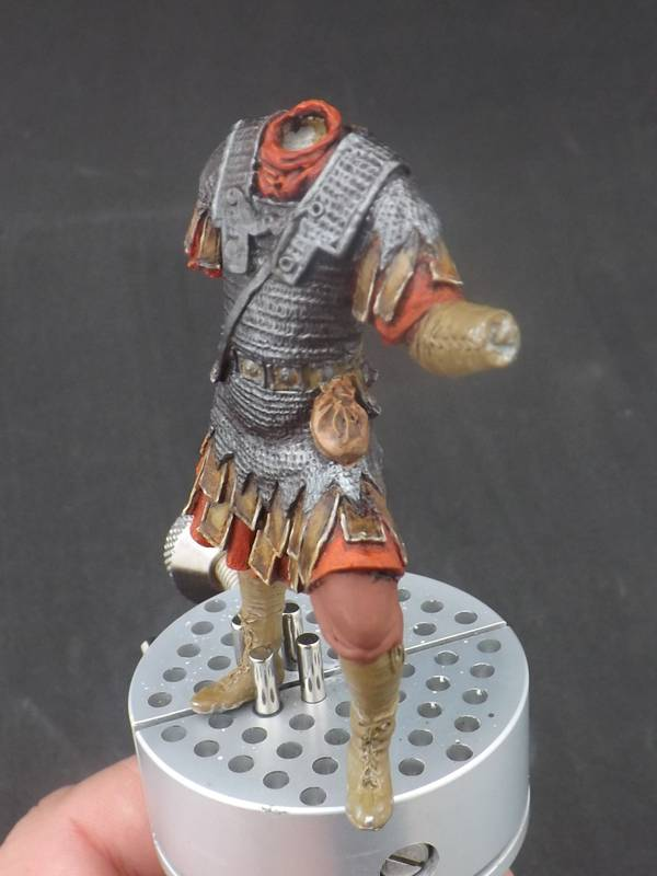 Roman Aquilifer - Ares Mythologic 75mm Aquilifer%20030_zpscdamrvxz