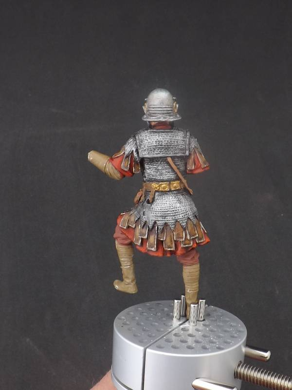 Roman Aquilifer - Ares Mythologic 75mm Aquilifer%20032_zpsearz7mnp