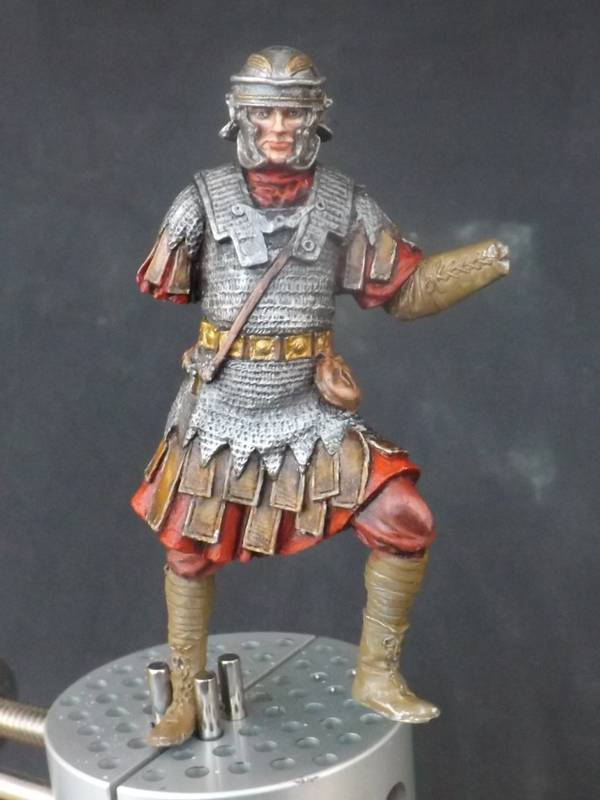 Roman Aquilifer - Ares Mythologic 75mm Aquilifer%20034_zpstcn0dxjp