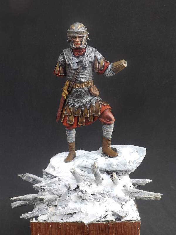 Roman Aquilifer - Ares Mythologic 75mm Aquilifer%20036_zpsj8hzch27