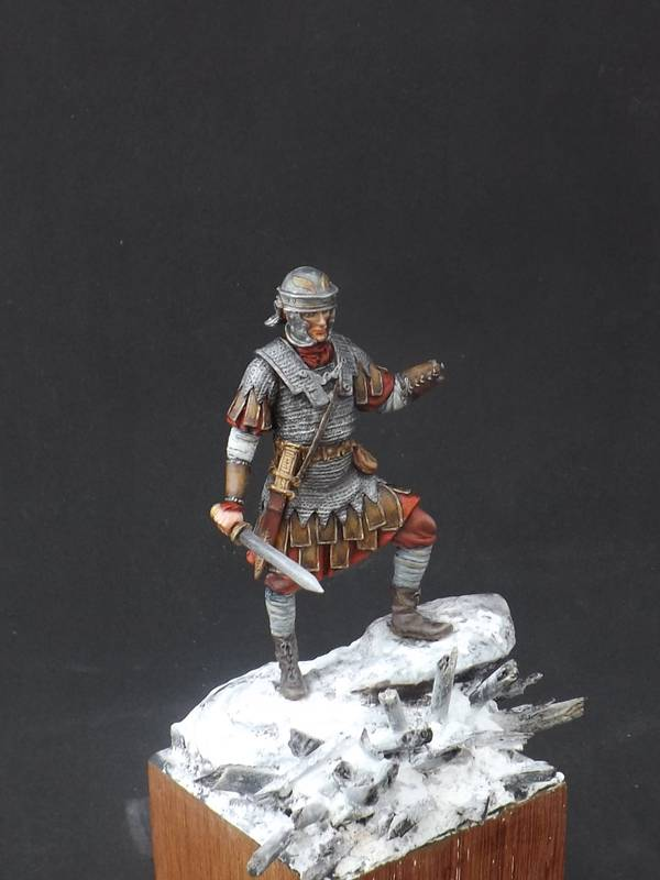 Roman Aquilifer - Ares Mythologic 75mm Aquilifer%20041_zpsjum0pqpl