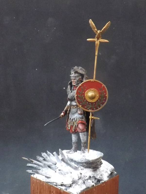 Roman Aquilifer - Ares Mythologic 75mm Aquilifer%20059_zpsw8adeevu