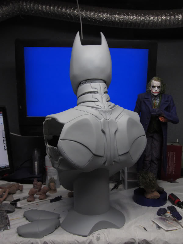 The Dark Knight Sonar Bust - Hollywood Collectibles Group IMG_03172-1