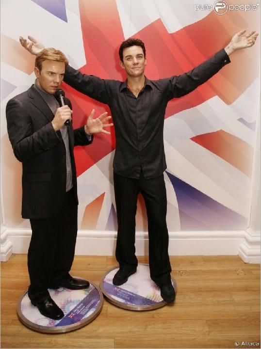 statues de cire de Gary et Robbie (Tussauds) 3