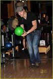 Kellan Lutz bowls for charity Th_kellan4