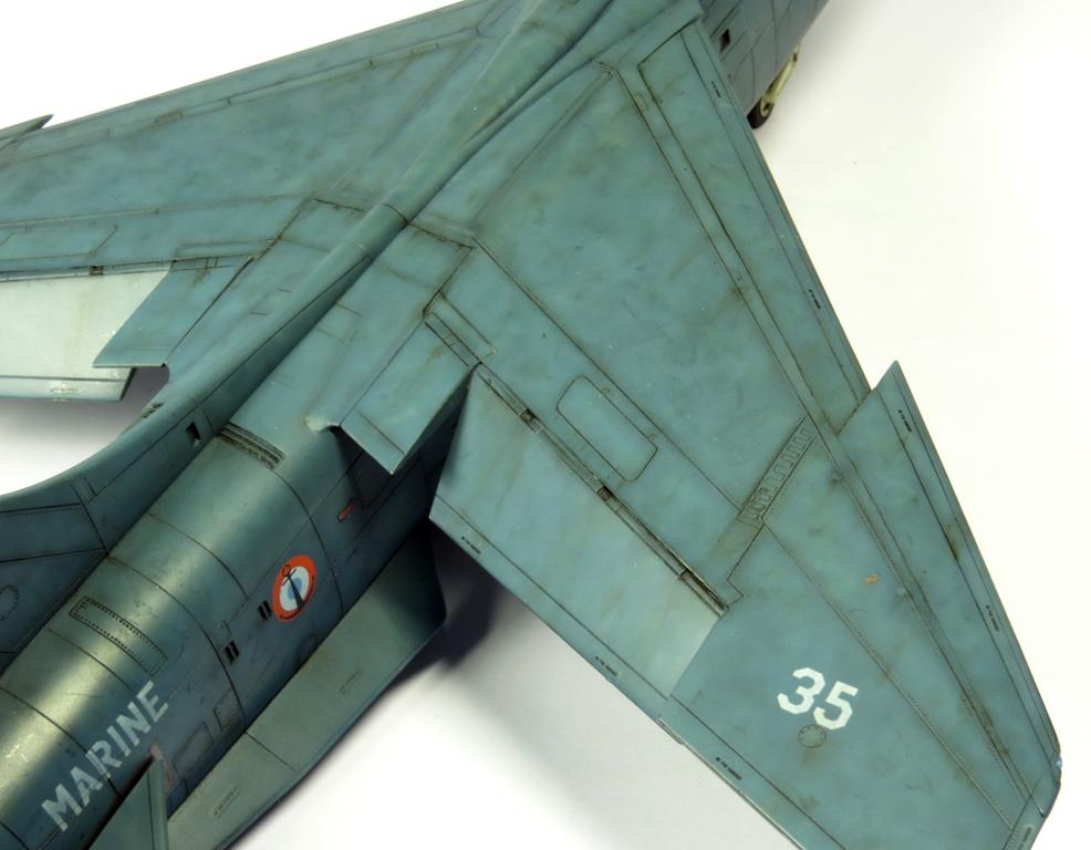 1/48 F-8EFN Crusader n°35 IMG_4178_zpsc2c2a247