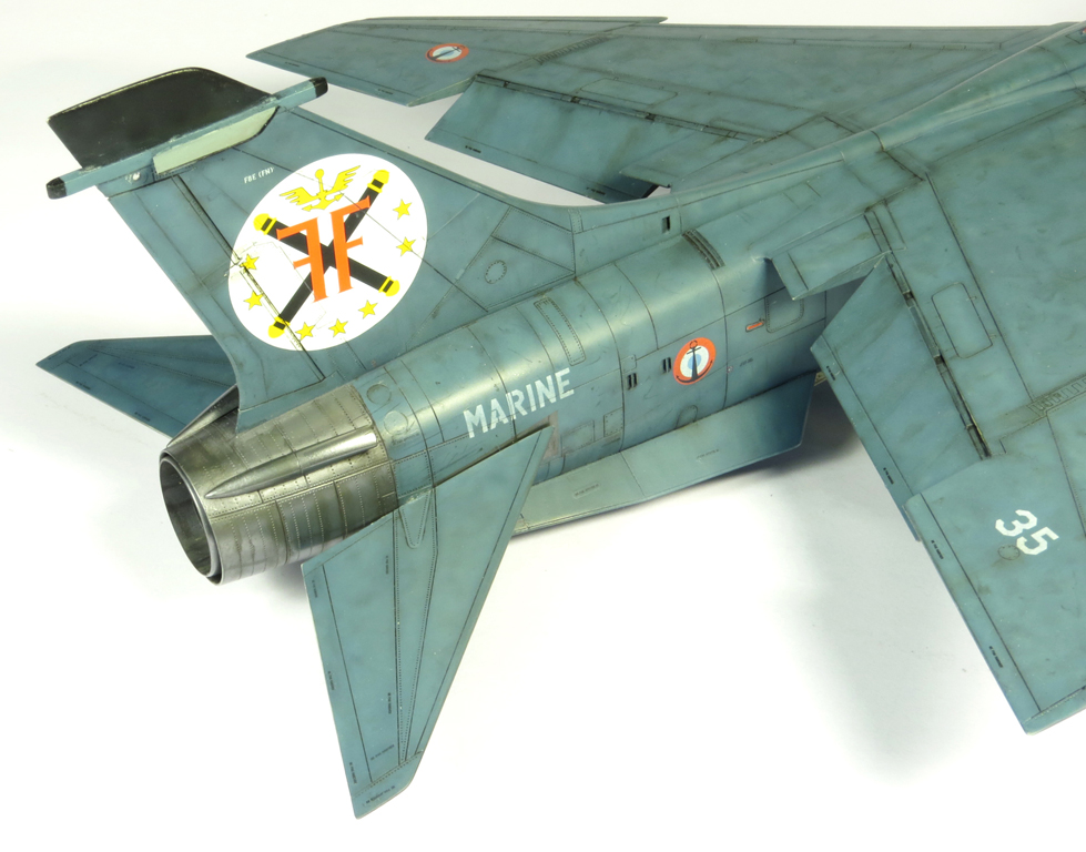 1/48 F-8EFN Crusader n°35 IMG_4179_zps2ef08087