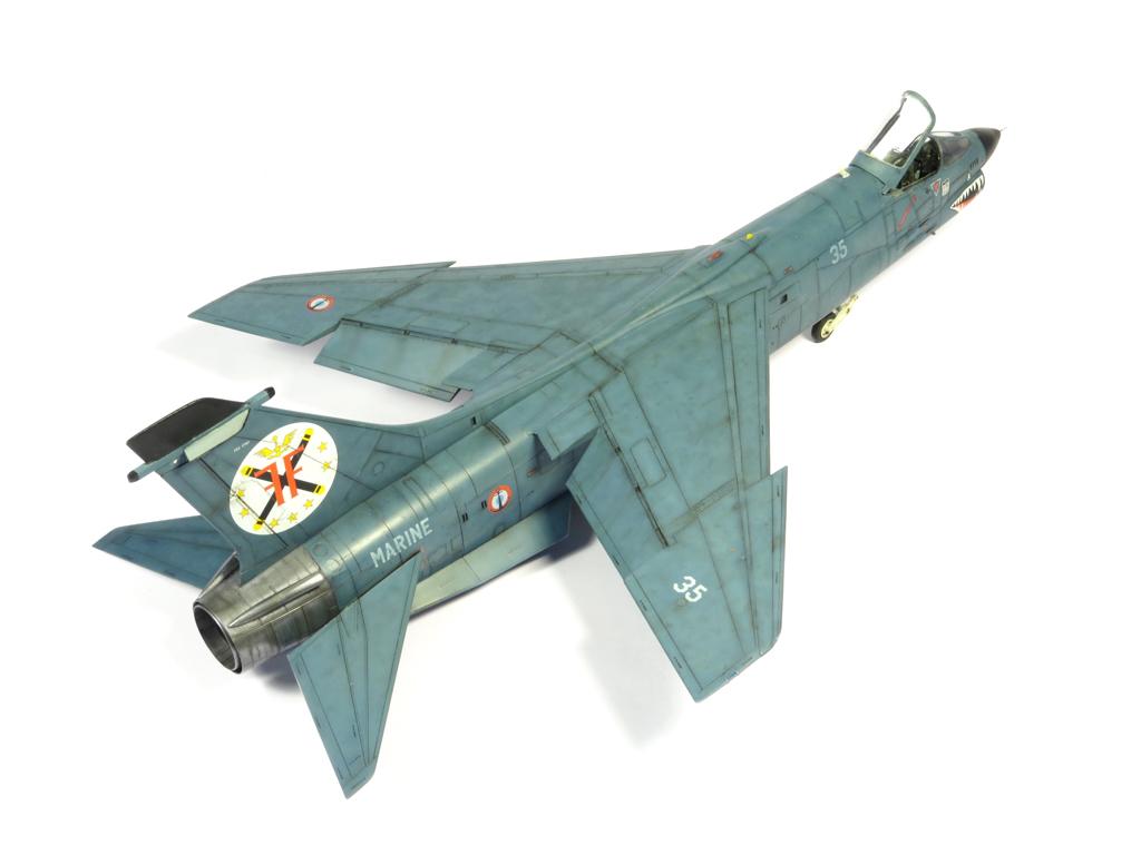 1/48 F-8EFN Crusader n°35 IMG_4199_zps10008a5f
