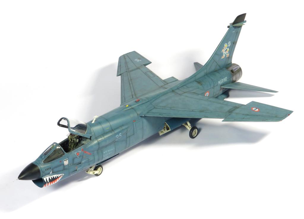 1/48 F-8EFN Crusader n°35 IMG_4201_zps33caed60