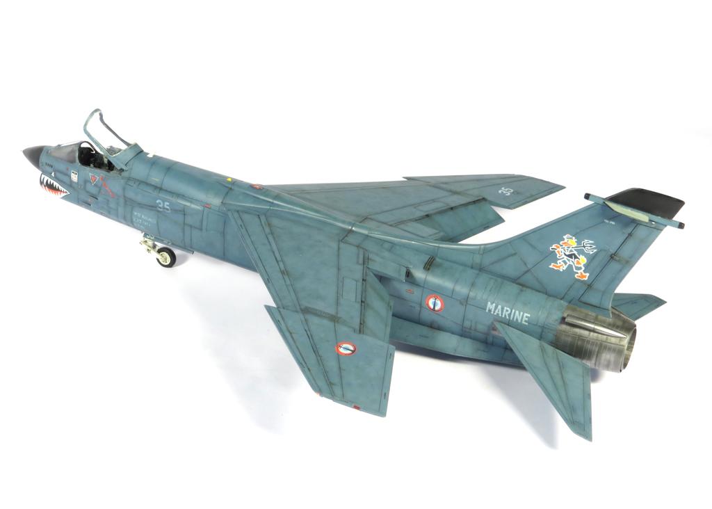 1/48 F-8EFN Crusader n°35 IMG_4202_zpsc8eb1488