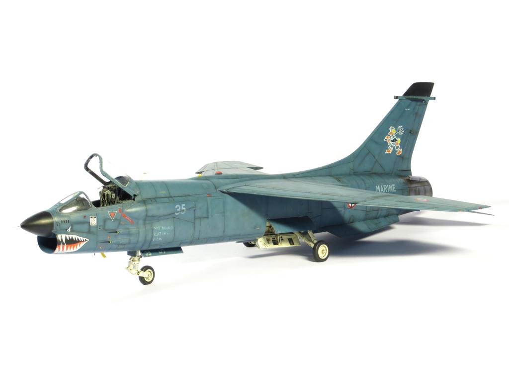 1/48 F-8EFN Crusader n°35 IMG_4204_zps289c53bf