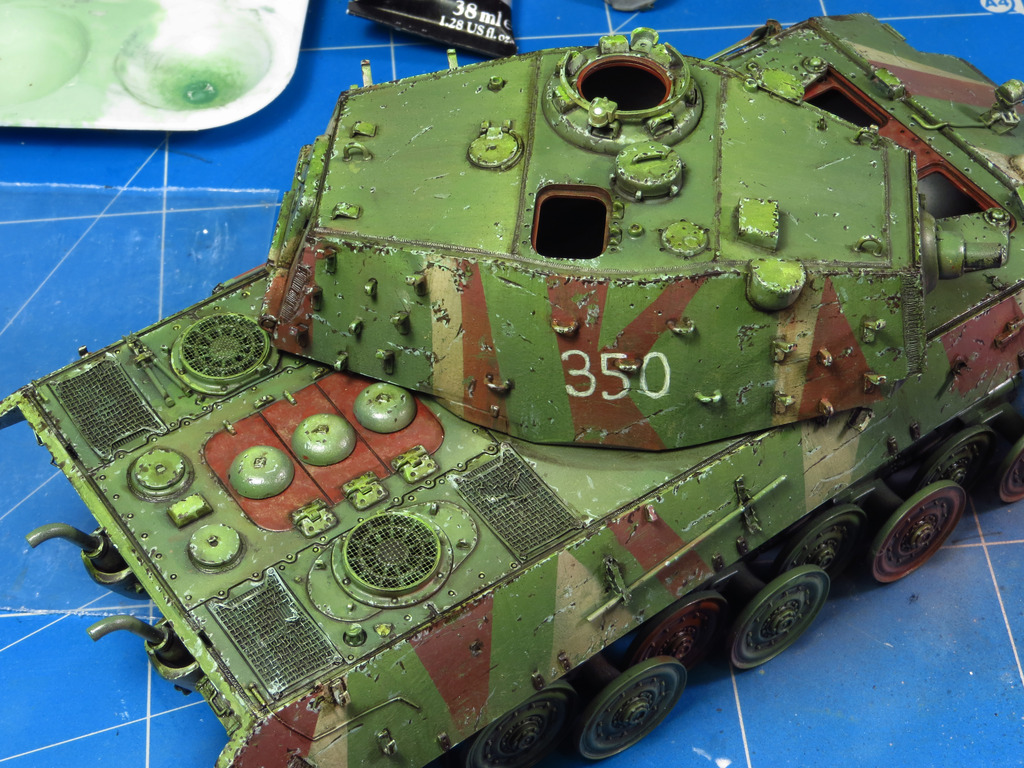 E75 Standardpanzer [Trumpeter] 1/35 - Page 2 IMG_7913_zpsau2mckth