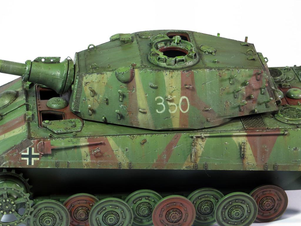 E75 Standardpanzer [Trumpeter] 1/35 - Page 2 IMG_7919_zpsnfks3eam