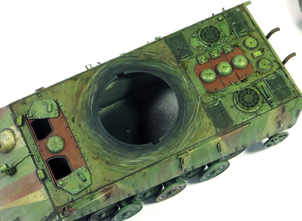 E75 Standardpanzer [Trumpeter] 1/35 - Page 2 IMG_7928_zps8zkmc2sn