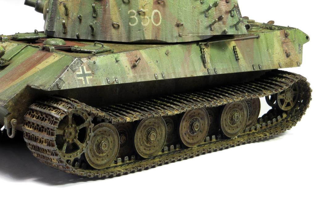E75 Standardpanzer [Trumpeter] 1/35 - Page 2 IMG_7948_zpsqjuci32n
