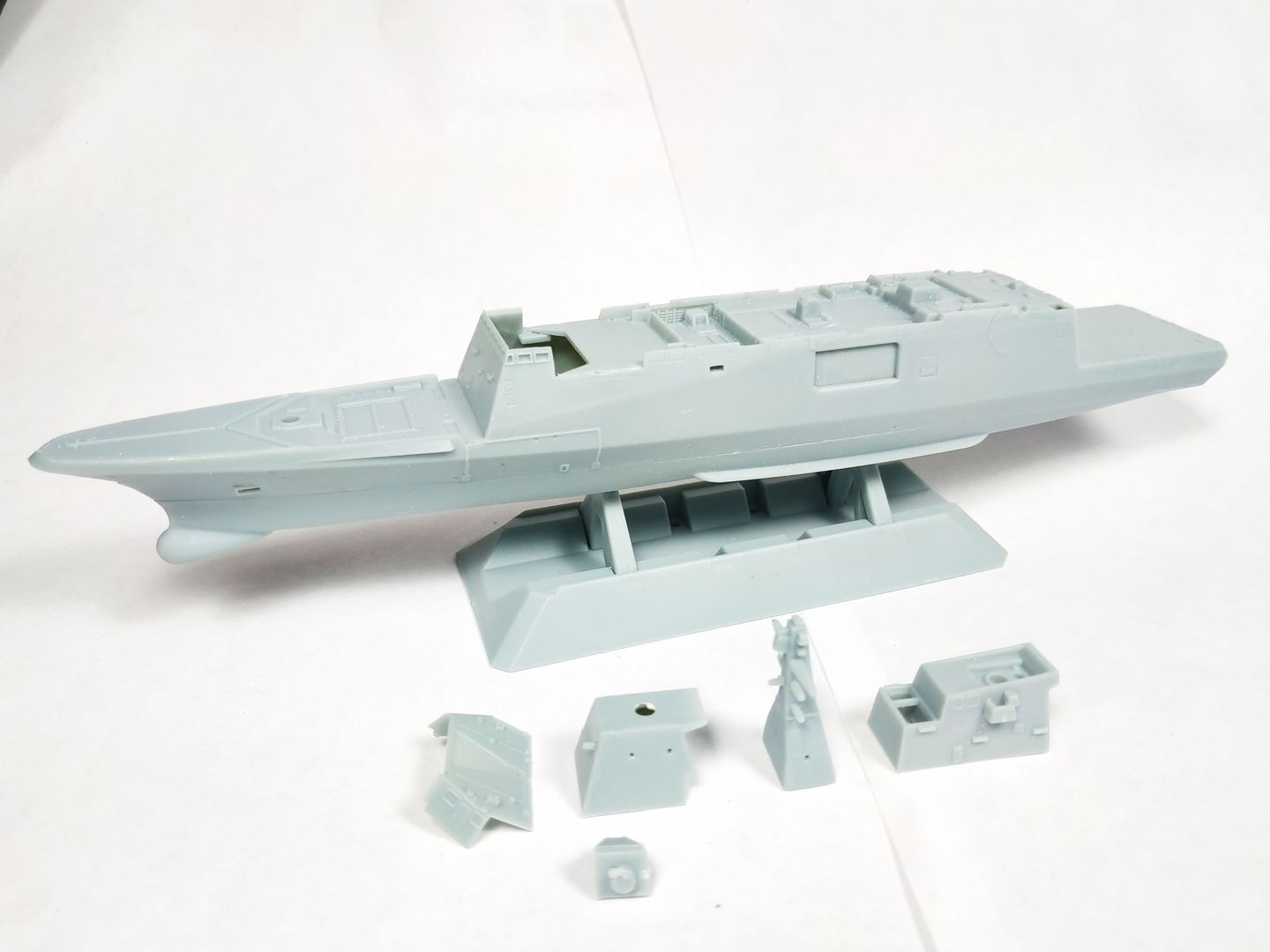 1/700 FREMM - Freedom Model Kit IMG_20190627_231847_zpsk8axik56
