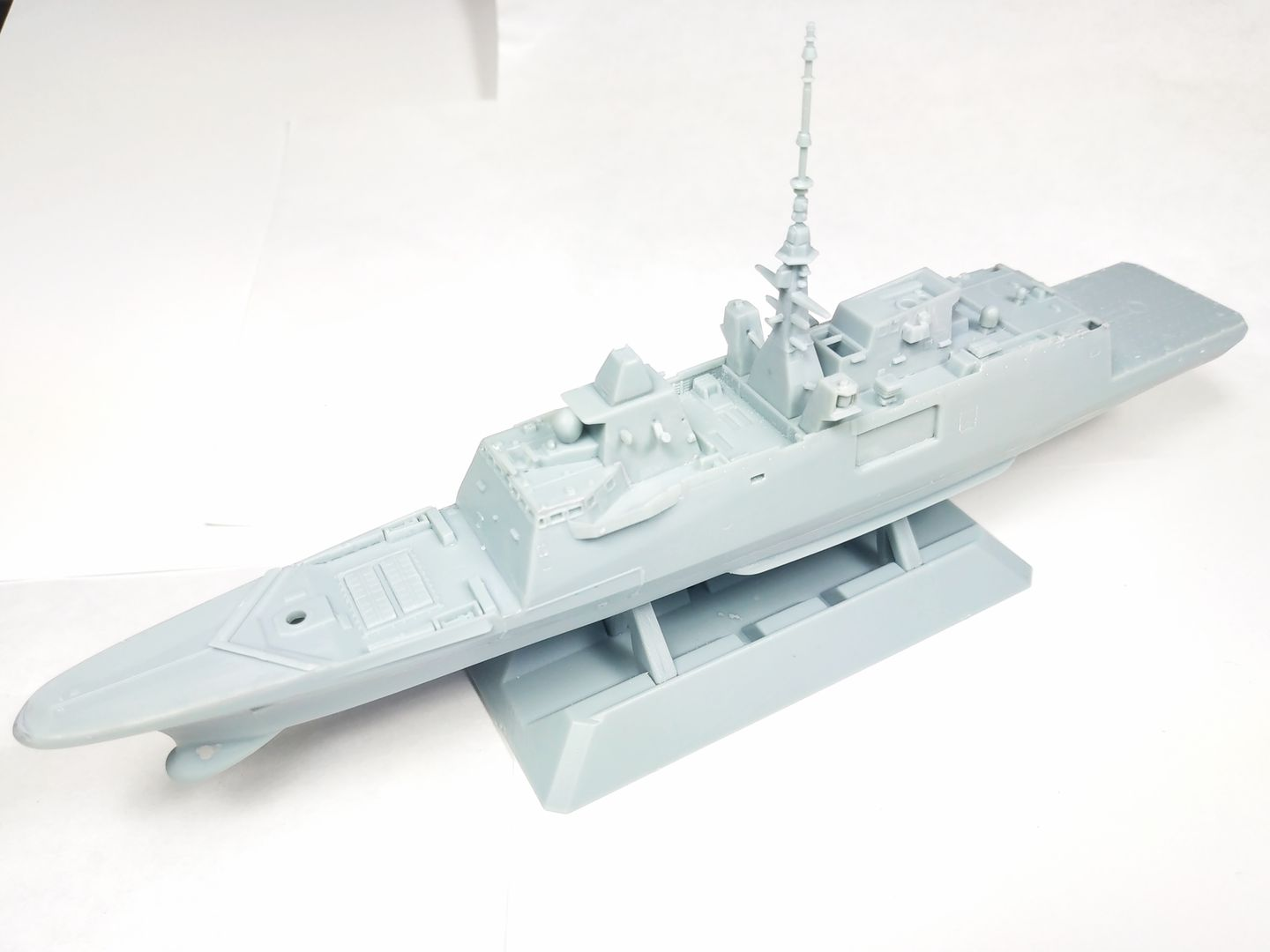 1/700 FREMM - Freedom Model Kit IMG_20190705_202650_zpsrnxbm3dt
