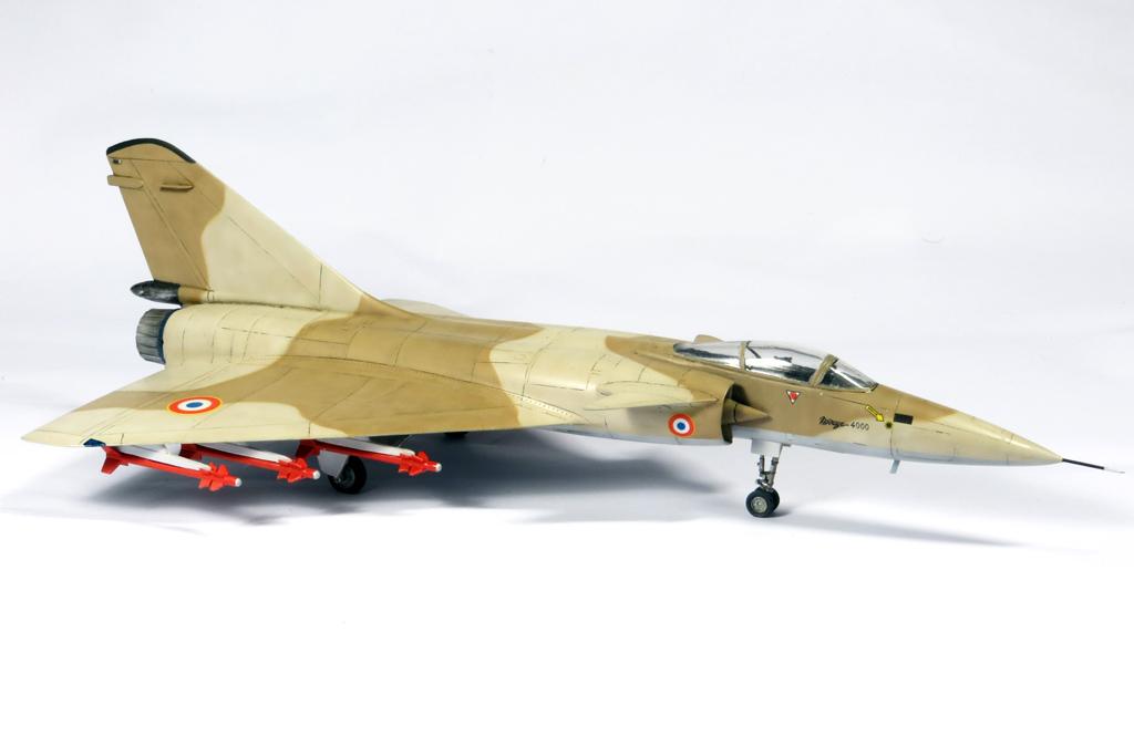1/72 Mirage 4000 et Mirage G8 IMG_6912_zpsf4ec26c9