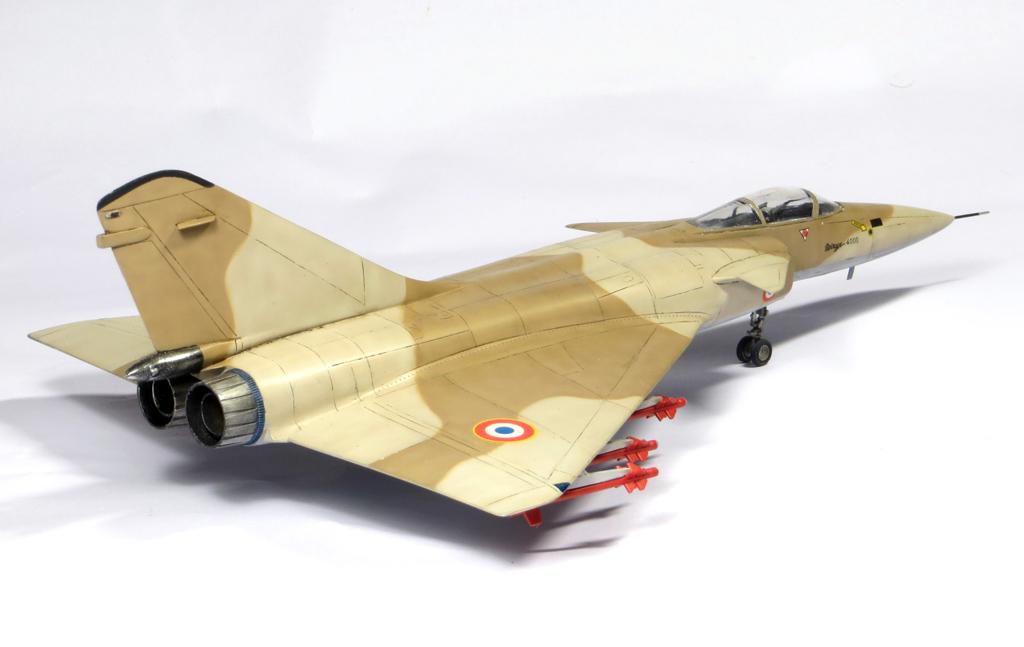 1/72 Mirage 4000 et Mirage G8 IMG_6913_zps94858291