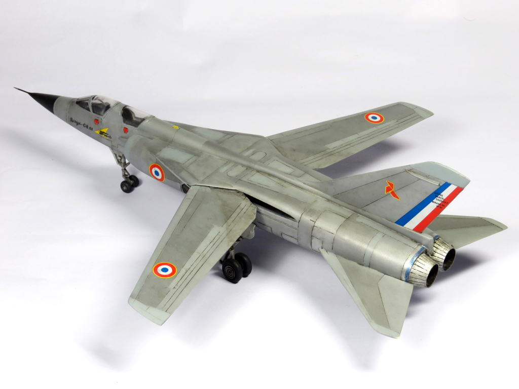 1/72 Mirage 4000 et Mirage G8 IMG_6916_zps5c2fbef8
