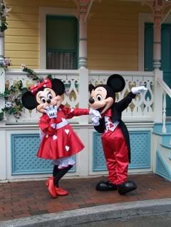La Saint Valentin à Disneyland Paris - Page 3 100_6602