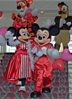 La Saint Valentin à Disneyland Paris - Page 3 100_6651