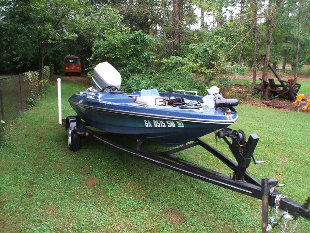 Traded the bug for this...Figured I might need it with all the rain!! Bassboat005