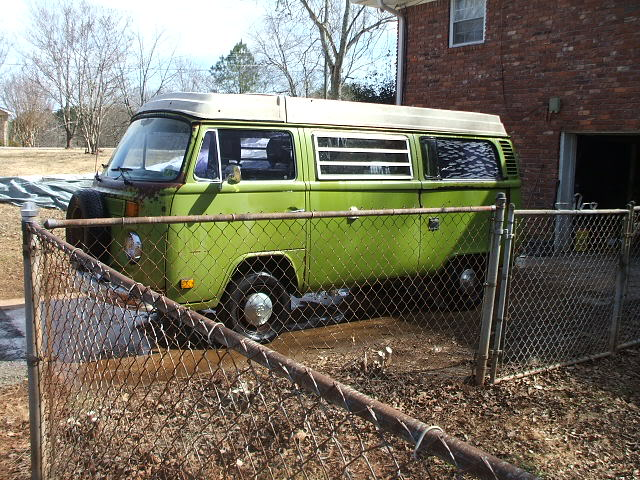 New westy, old westy, green bus, white bus. Newsage78052