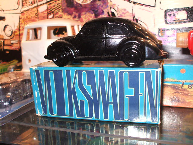 The Coolest addition to my toy shelf Vwavon004