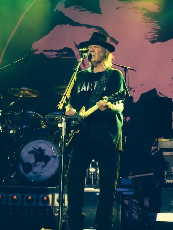Concert Neil Young & CH à Colmar le 8 août 2014 Colmar36-Copie_zps4180fd51