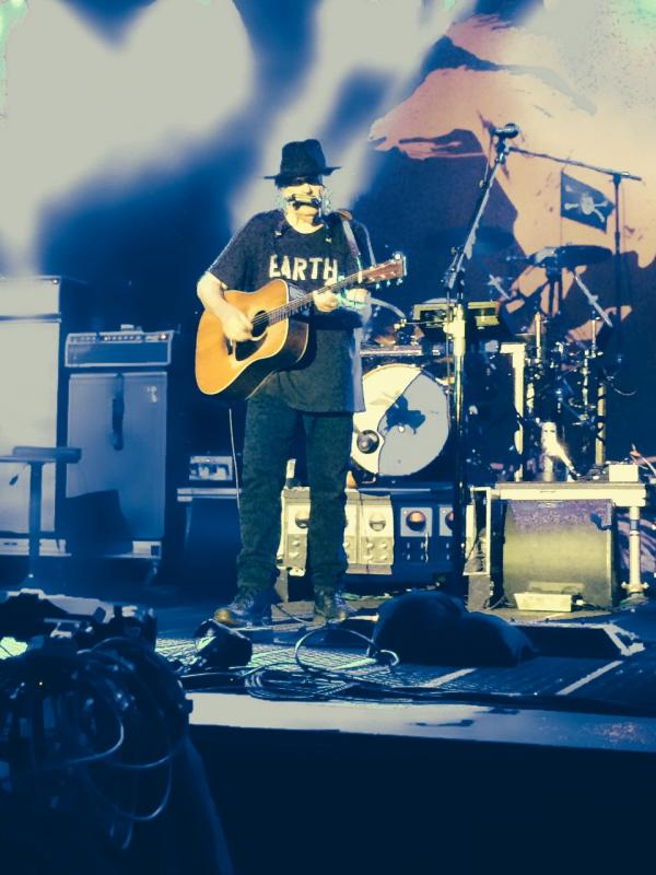 Concert Neil Young & CH à Colmar le 8 août 2014 Colmar51-Copie_zps7fc366cd