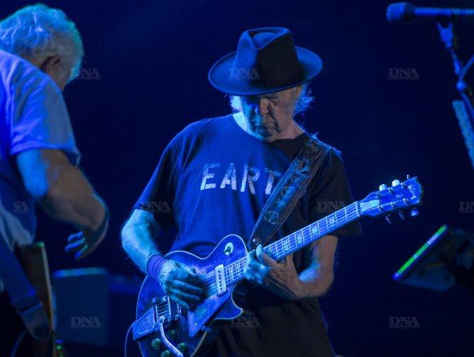 Concert Neil Young & CH à Colmar le 8 août 2014 Concert-neil-young-photo-dna-julien-kauffmann1_zpsbe2092a0