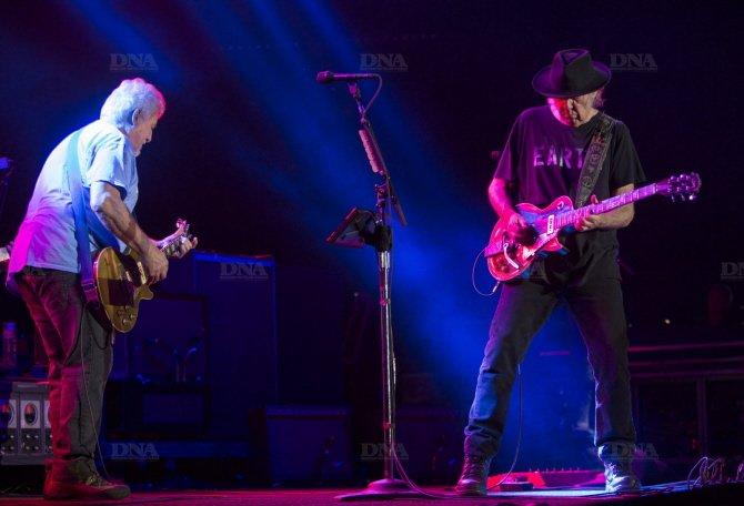 Concert Neil Young & CH à Colmar le 8 août 2014 Concert-neil-young-photo-dna-julien-kauffmann4_zps5a7af060