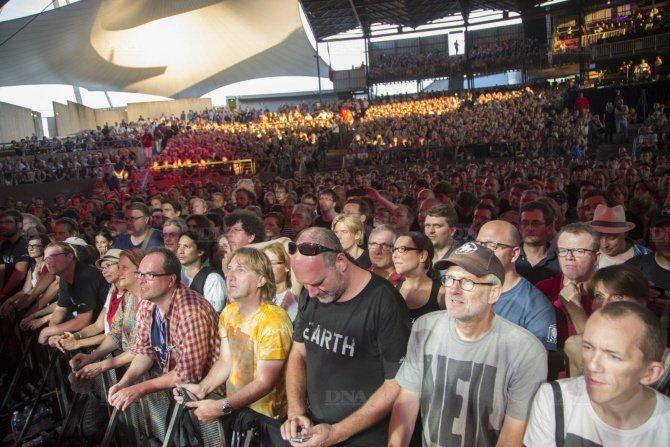 Concert Neil Young & CH à Colmar le 8 août 2014 Concert-neil-young-photo-dna-julien-kauffmann7_zps818d9276