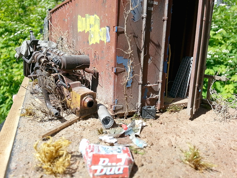 Small off-road 'Run Down' truck yard Dio Bg_dio9_zps5dc231bb