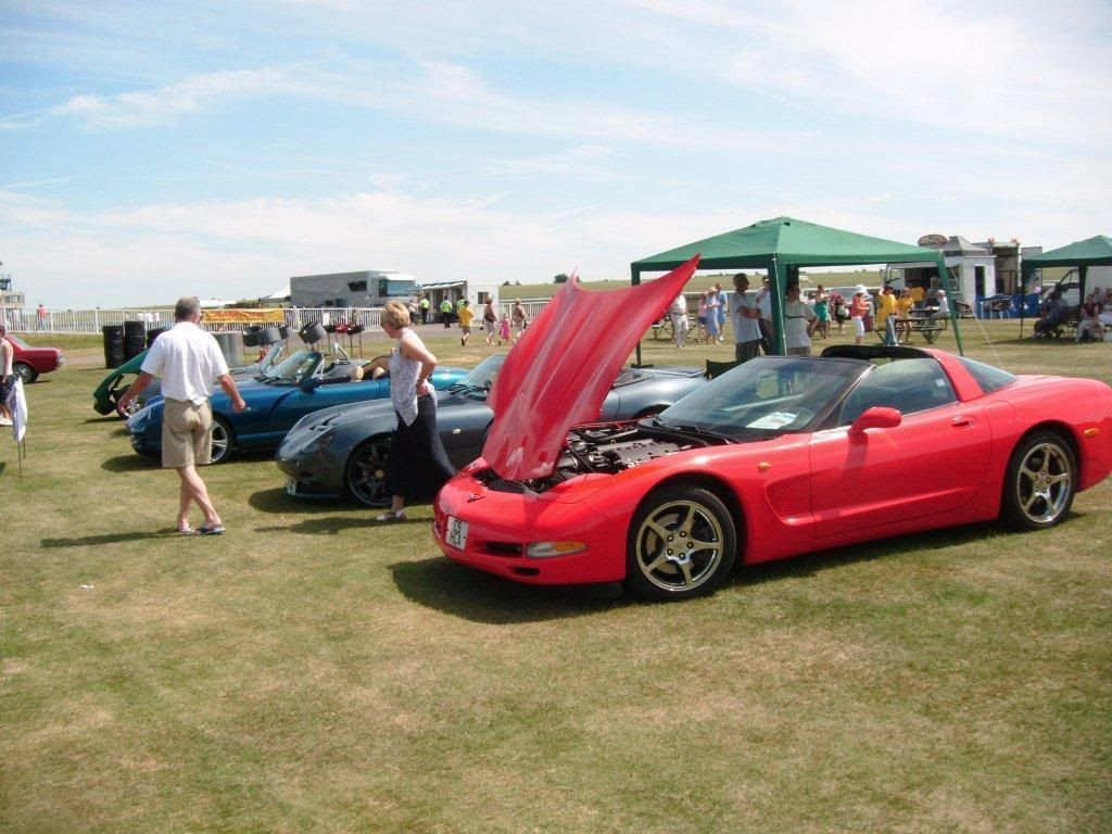 Sun 27th June. Two Counties Motor Show, Newmarket. - Page 2 2011_03210002