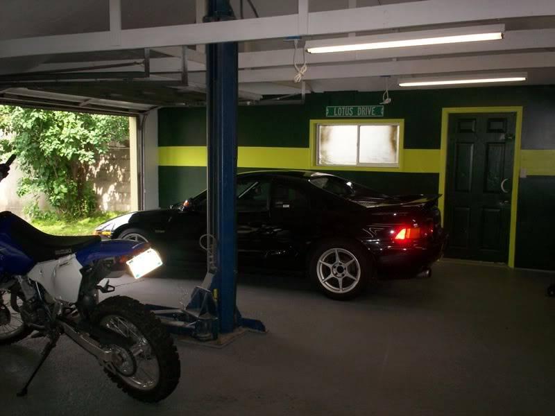 Garage Lotus!! Picture046