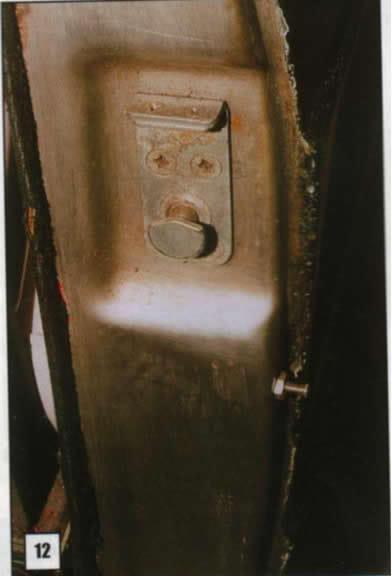 Reparación de postes de puertas 12