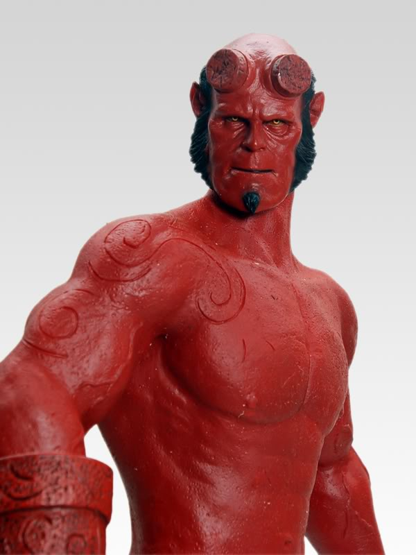 Un hellboy hot toys Bootleg? 015