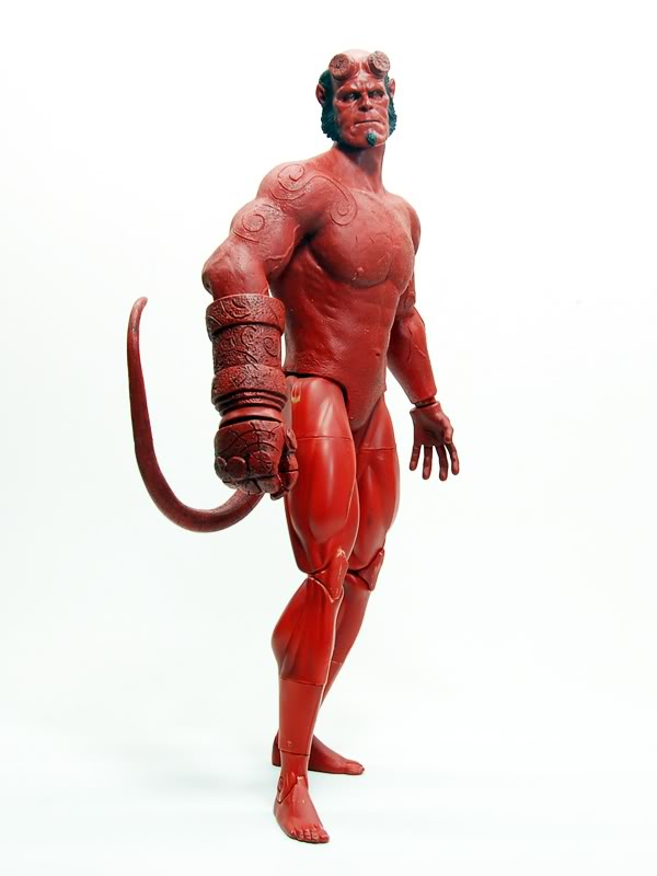 Un hellboy hot toys Bootleg? 017