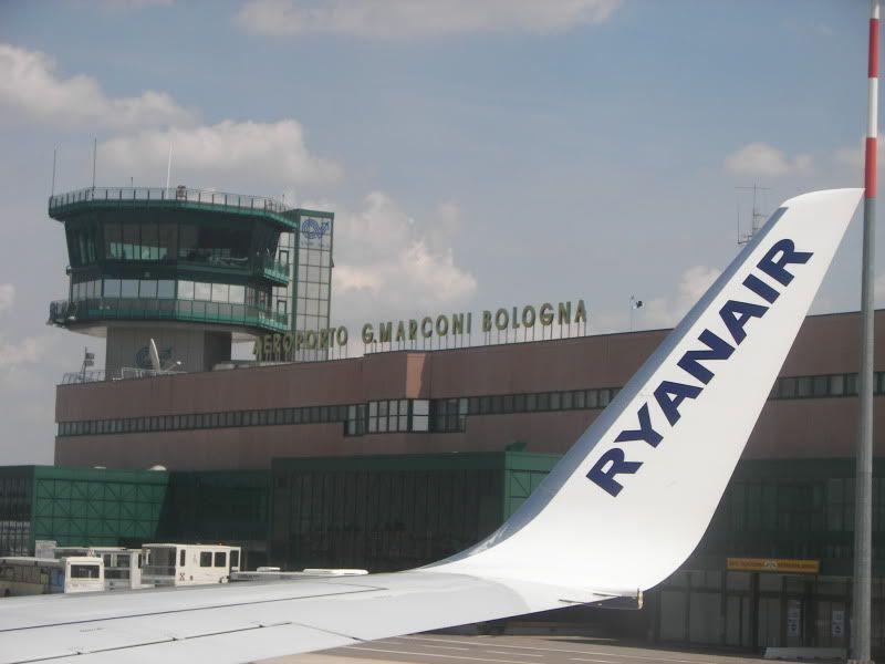 Andaluzia si Tanger cu RyanAir Blq_terminal