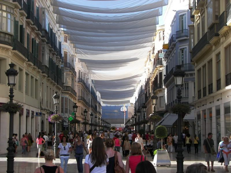 Andaluzia si Tanger cu RyanAir Einkaufstrasse