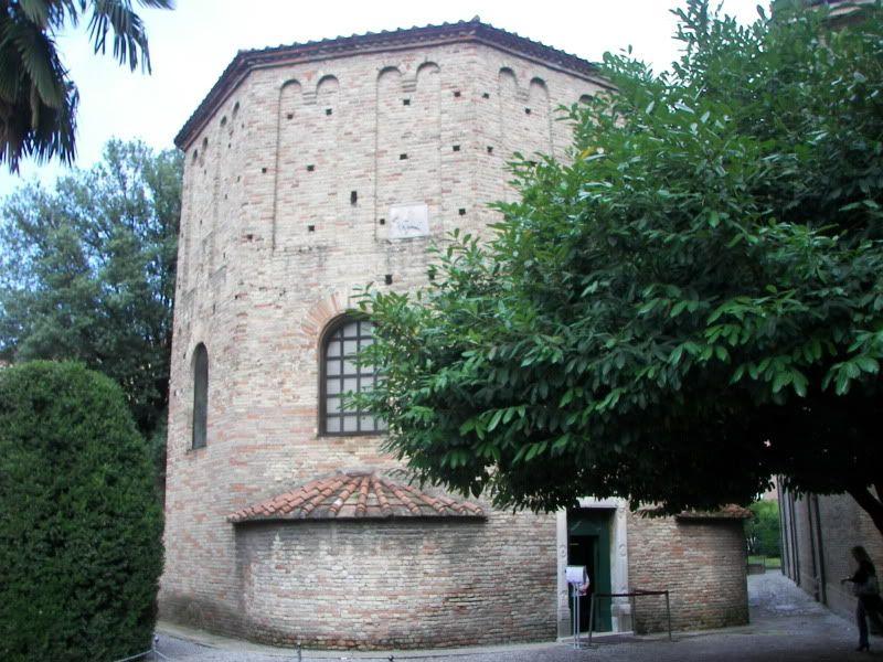 Andaluzia si Tanger cu RyanAir Baptisteriulneonian