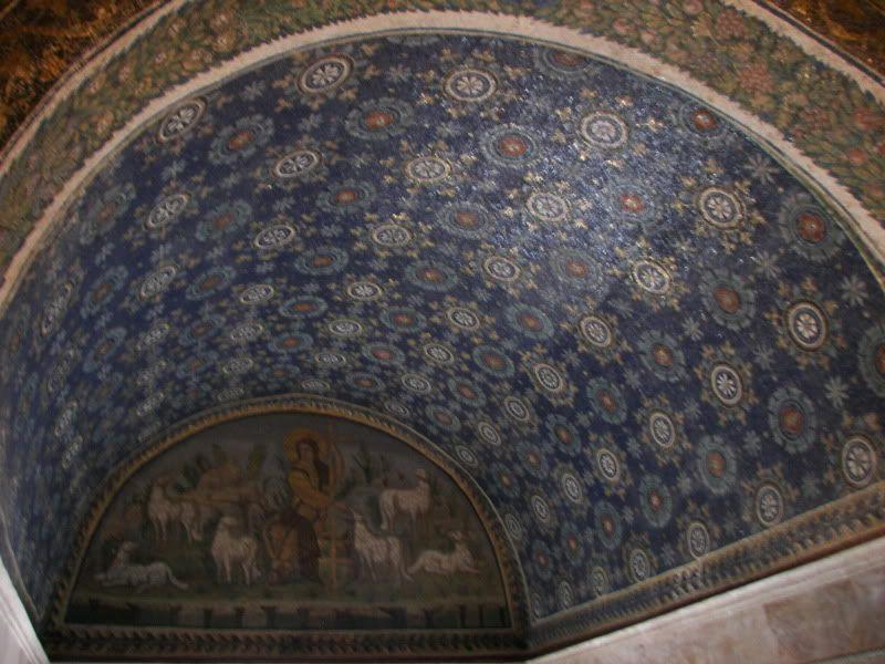 Andaluzia si Tanger cu RyanAir Mausoleu