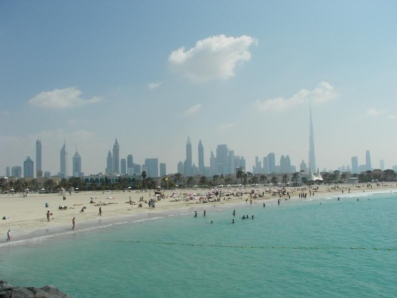 No Shiny Skyscrapers. Dubai, Sharjah and Abu Dhabi: a look beyond the steel and glass urban panorama 100_3808