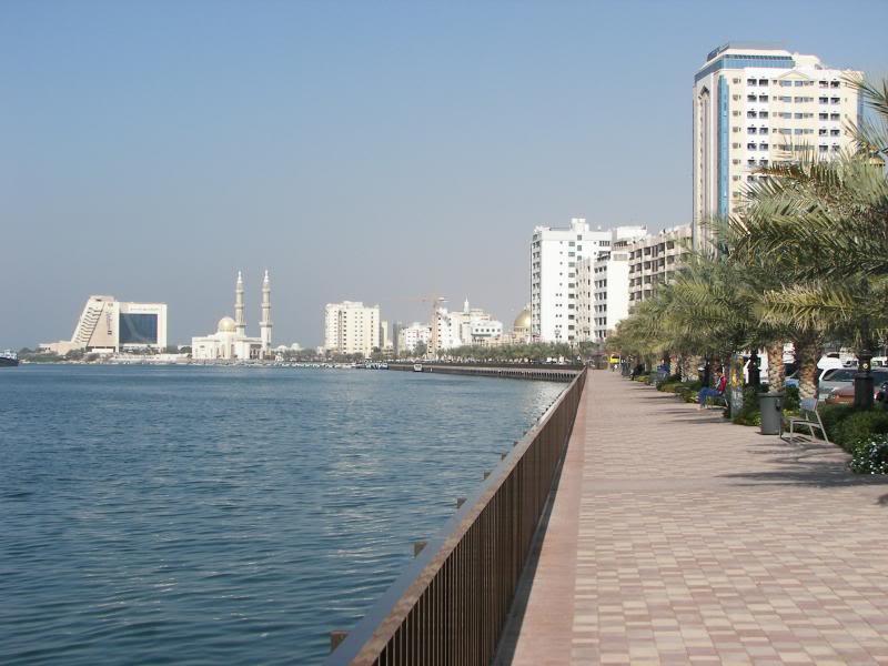 No Shiny Skyscrapers. Dubai, Sharjah and Abu Dhabi: a look beyond the steel and glass urban panorama 100_4176