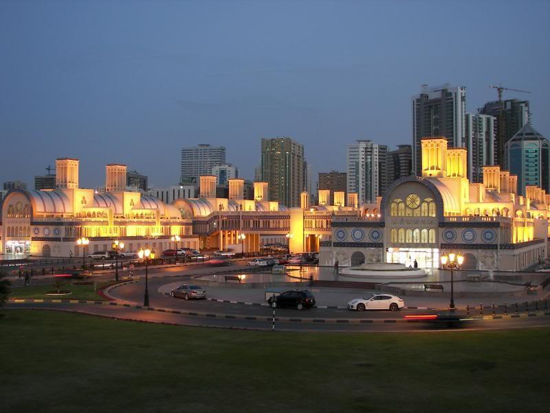 No Shiny Skyscrapers. Dubai, Sharjah and Abu Dhabi: a look beyond the steel and glass urban panorama 100_4334